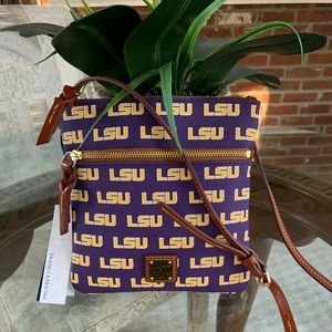 DOONEY & BOURKE LSU CROSSBODY BAG!💜💛